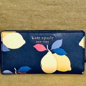 NEW✅🍋 Kate Spade Large Slim BI-Fold Wallet